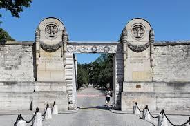 Pere Lachaise Cemetery