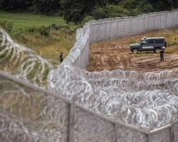 Gardul de la granita cu Ungaria