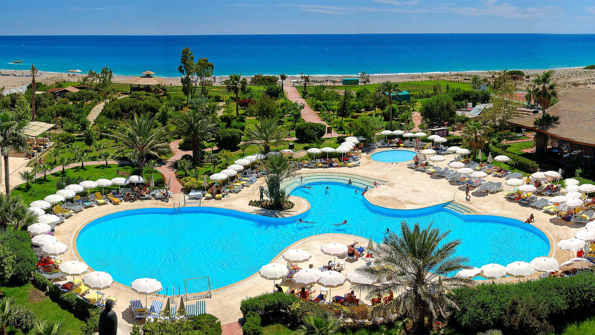 Oferta speciala de la Fibula pentru Antalya