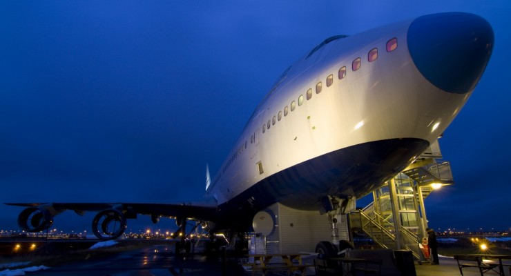 Ai vrea sa stai intr-un Boeing? Hotel Jumbo Stay.