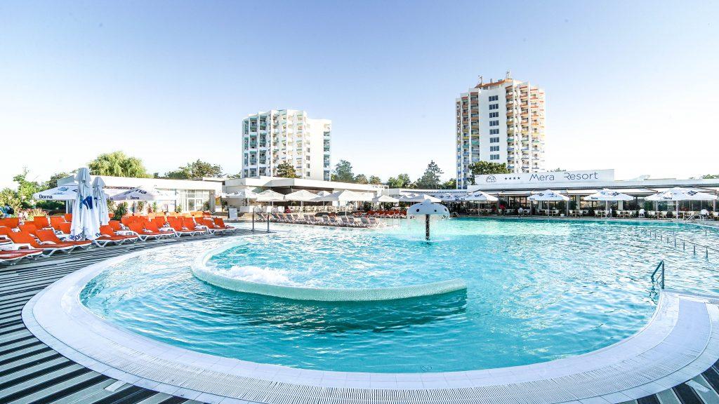 Piscina de la Mera Resort