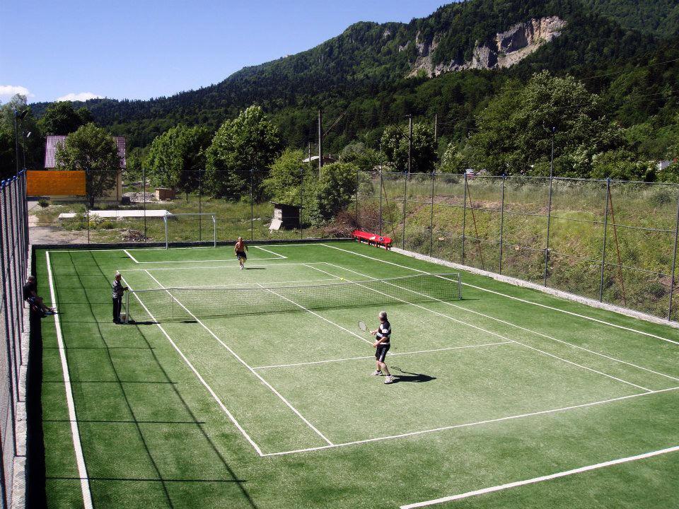 teren de tenis