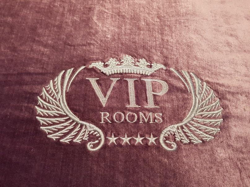 VIP Rooms Split