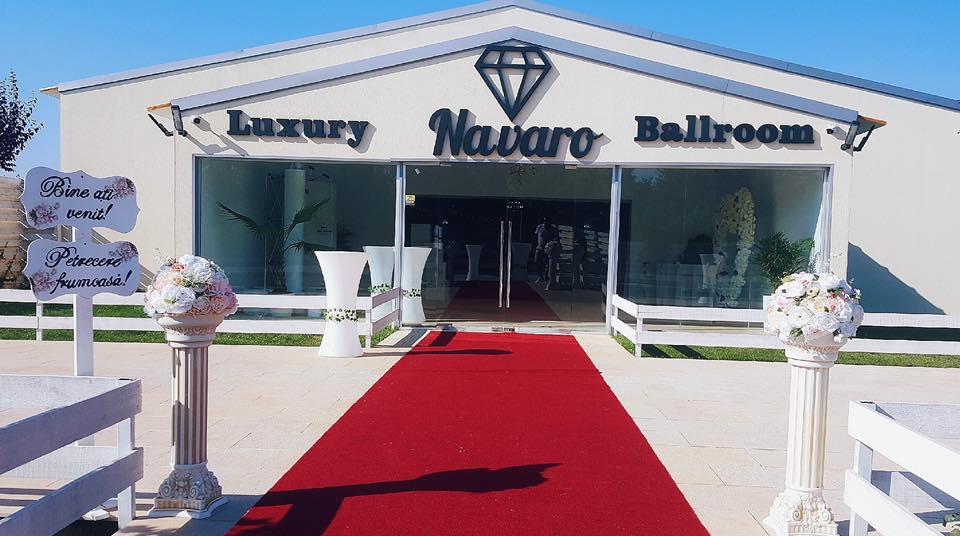 luxury salon navaro ballroom