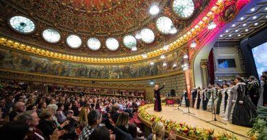 Concertul Extraordinar de Crăciun al Corului Madrigal
